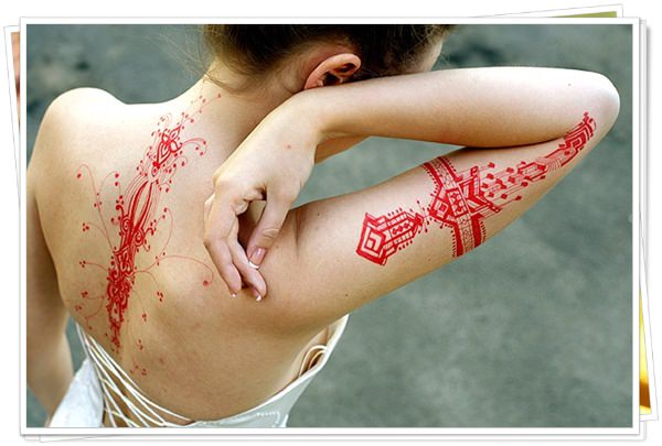 colored tattoos 17