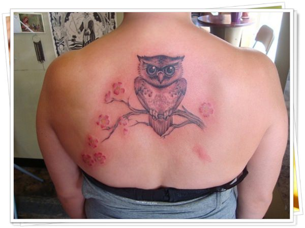 tattoo on womens back 14