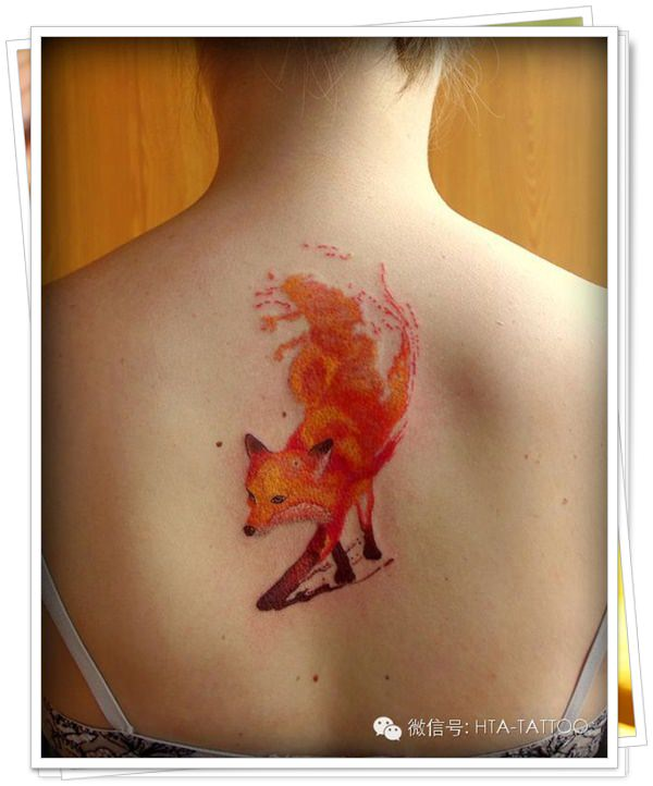 tattoo on womens back 19