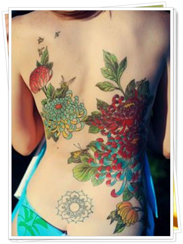 women's tattoos on the back 20